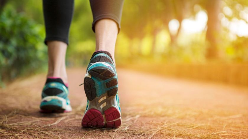 walk-walking-healthy-sky-news_4327774